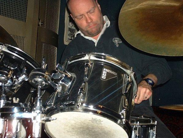 ©  - Patrick Mullié batteur jazz bop hard bop