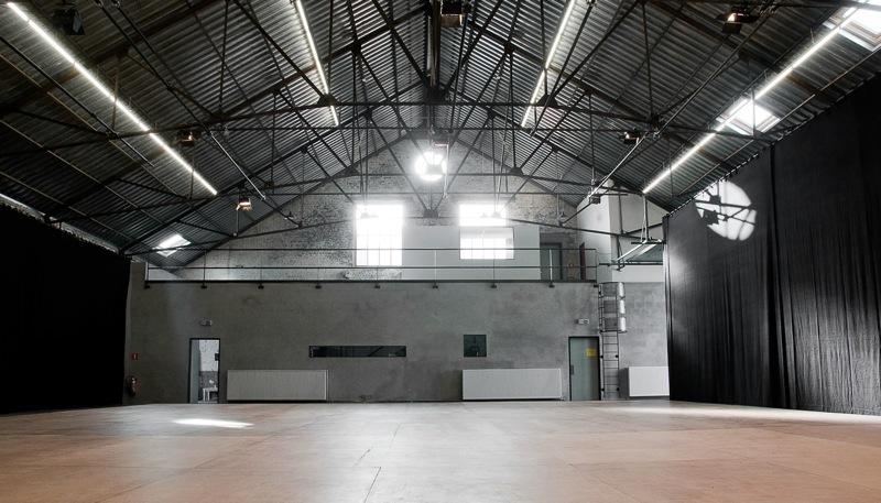 Location de salles pour cr ations artistiques carthago delenda est bruxell - Salle des ventes belgique ...